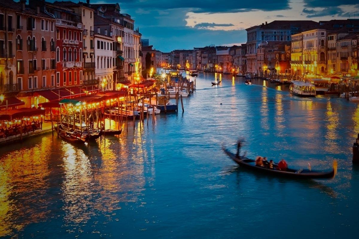Appartamenti venezia tre appartamenti nel cuore di venezia for Soggiorno venezia